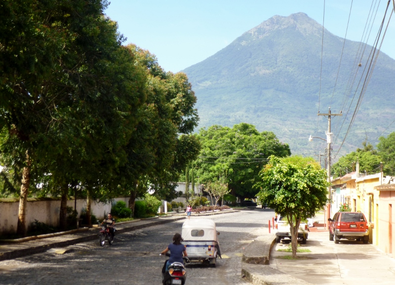 Santa Ana-Antigua street