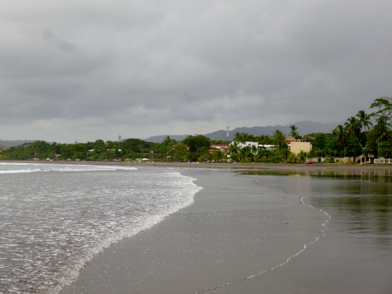 Jaco Beach looking north