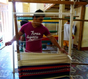 weaving a hammock chair