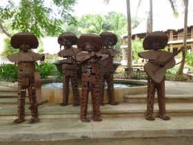 metal sculptures - Uxmal