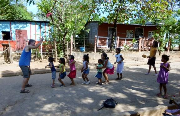 Jumping rope at Barrio Pantanal, Granada,Nicaragua