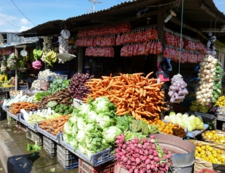Fruit and vegetable market - Sebaco