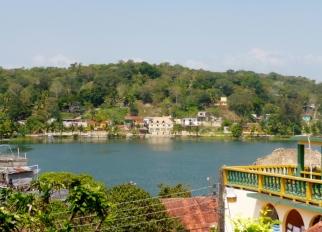 Isla Flores on Lago Peten Itza'