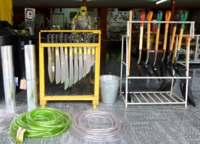 machetes in a hardware store - Matagalpa