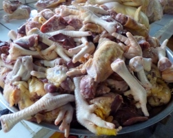Chicken feet, gizzards, etc. - guarenteed fresh - Antigua