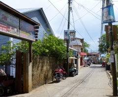 Main Street - Utila