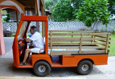 a fun little truck - perfect for Utila