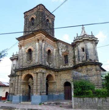 Iglesia Zaragoza - Leon