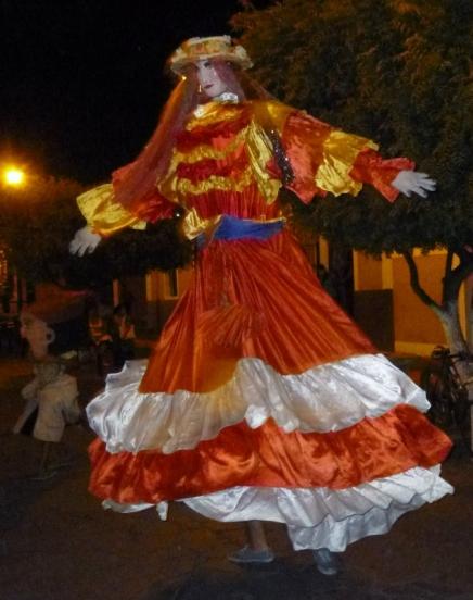 Night time antics - La Gigante - Granada