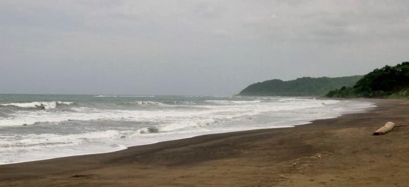 the beach at Cambutal