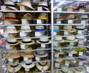 "original Montecristi ""Panama"" hats"