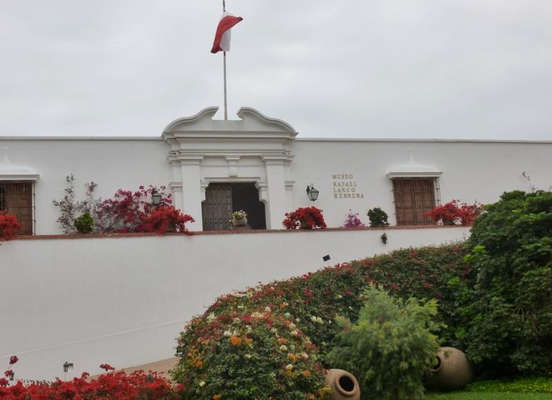 MuseumRafaael Larco Herrera