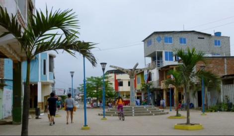the central square in Puerto Lopez south of Manta