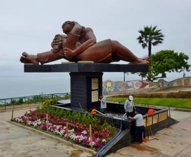 Love Park statue - Lima