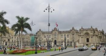 Armas Plaza and the Palacio Gubierno - Lima