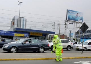 street cleaners - can't miss them! Lima