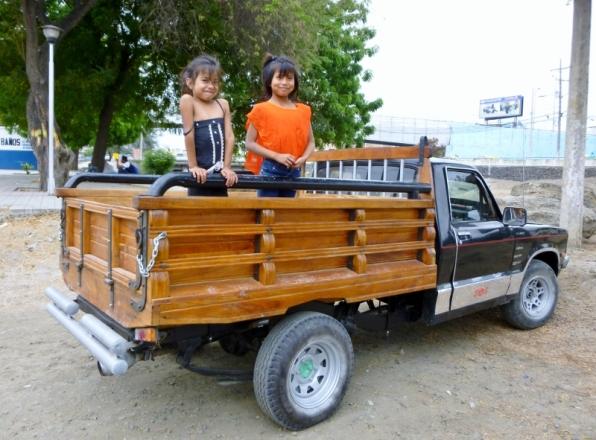 neat truck and chicas, Manta, Ecuador