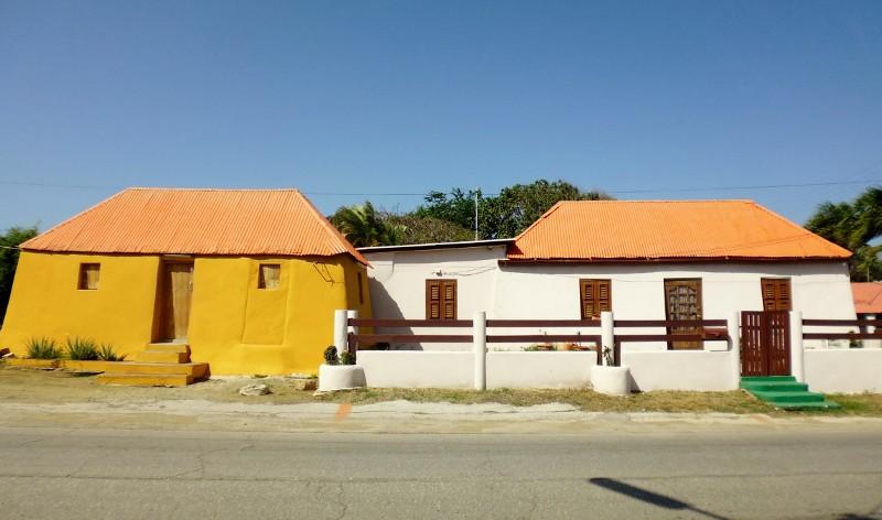 Kunuku houses joined