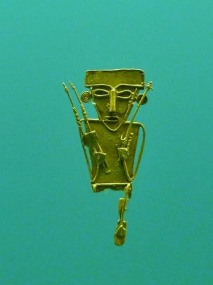 ornament using lost wax technique, Gold Museum, Cartagena