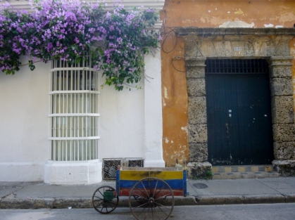 cart, widow and door - Cartagena
