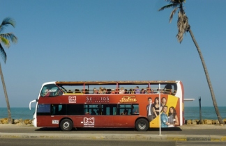 a tour bus, Cartagena