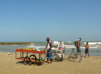 vendor at Cartagena beach