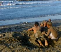 sand diggers at Cartagena beach