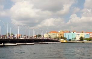 pontoon bridge in harbor at Willemstad