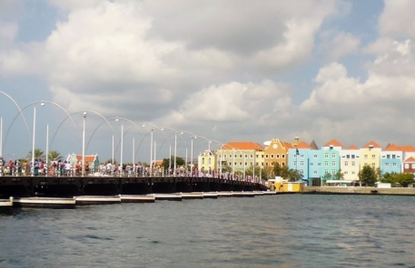 pontoon bridge in harbor at Willemstad