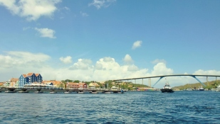 Queen Emma Bridge
