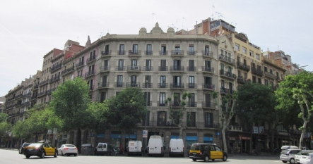 street scene in Barcelona, Spain