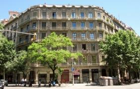 street scene - Barcelona, Spain