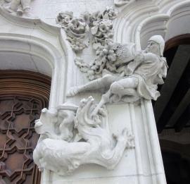 George and the dragon - Casa Amatller - Barcelona, Spain