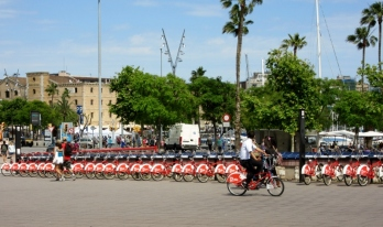 Free bikes for tourists. Barcelona, Spain