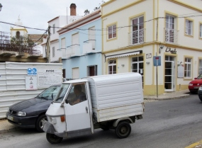 a skinny little truck, Alvor, Portugal
