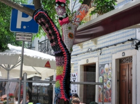 yarn bombing, Lagos, Portugal