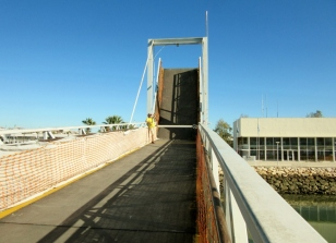 drawbridge up, Lagos, Portugal
