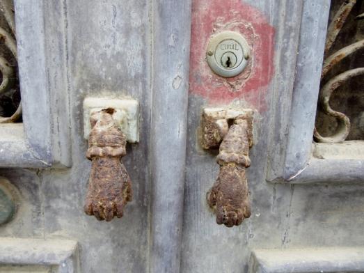 knockers in Lagos, Portugal