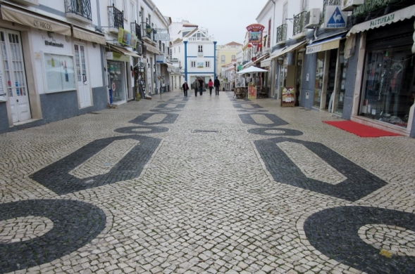 cobblestone design, Lagos, Portugal