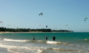 Cabarete - kite boarders - Dominican Republican
