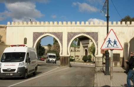 feature photo gates to medina of Fez, Morocco.
