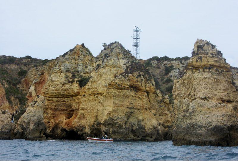 Pontas de Piedad Grotto boat trip